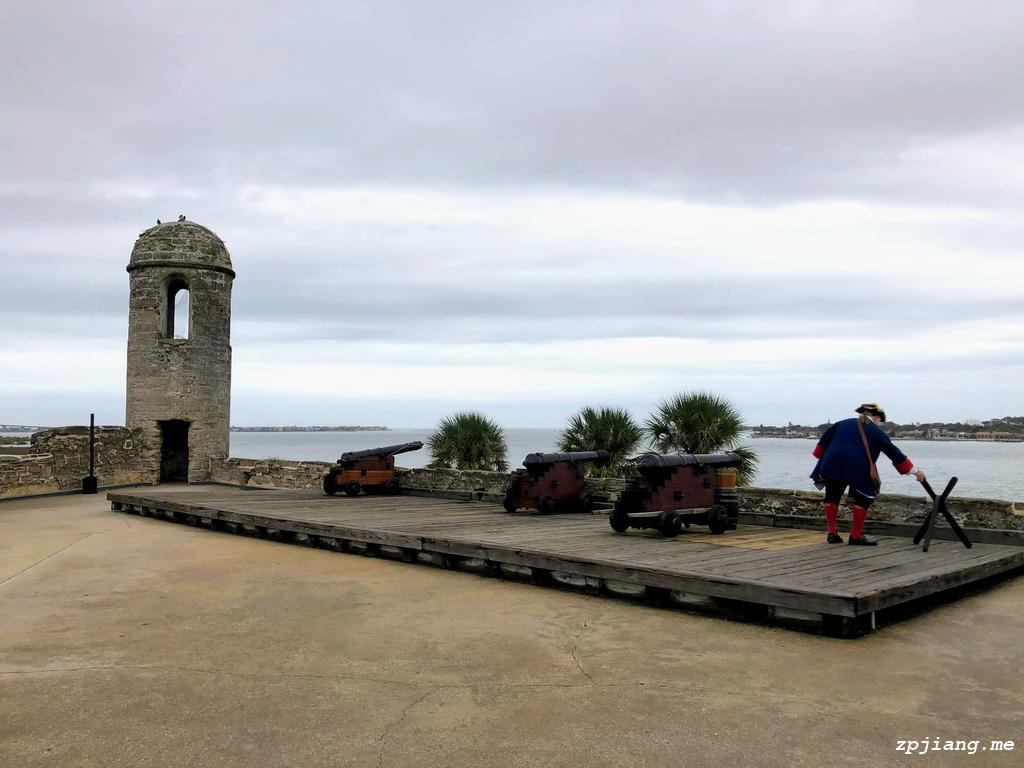 Cannon firing in Castillo de San Marcos