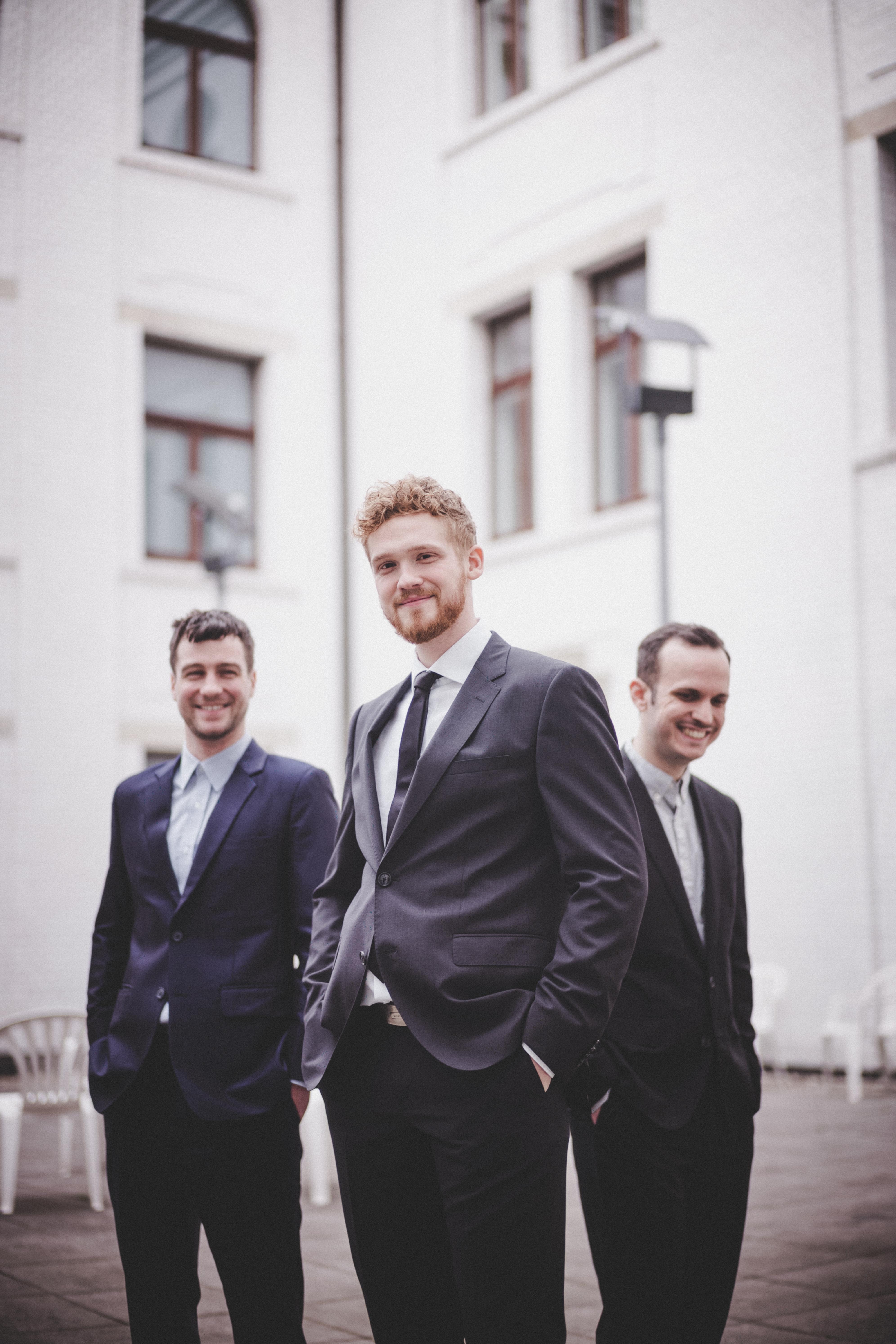 Moritz LAnd Trio: Moritz Land - Guitar, Lukas Growe - Bass, Tim Remfrey - Drums
