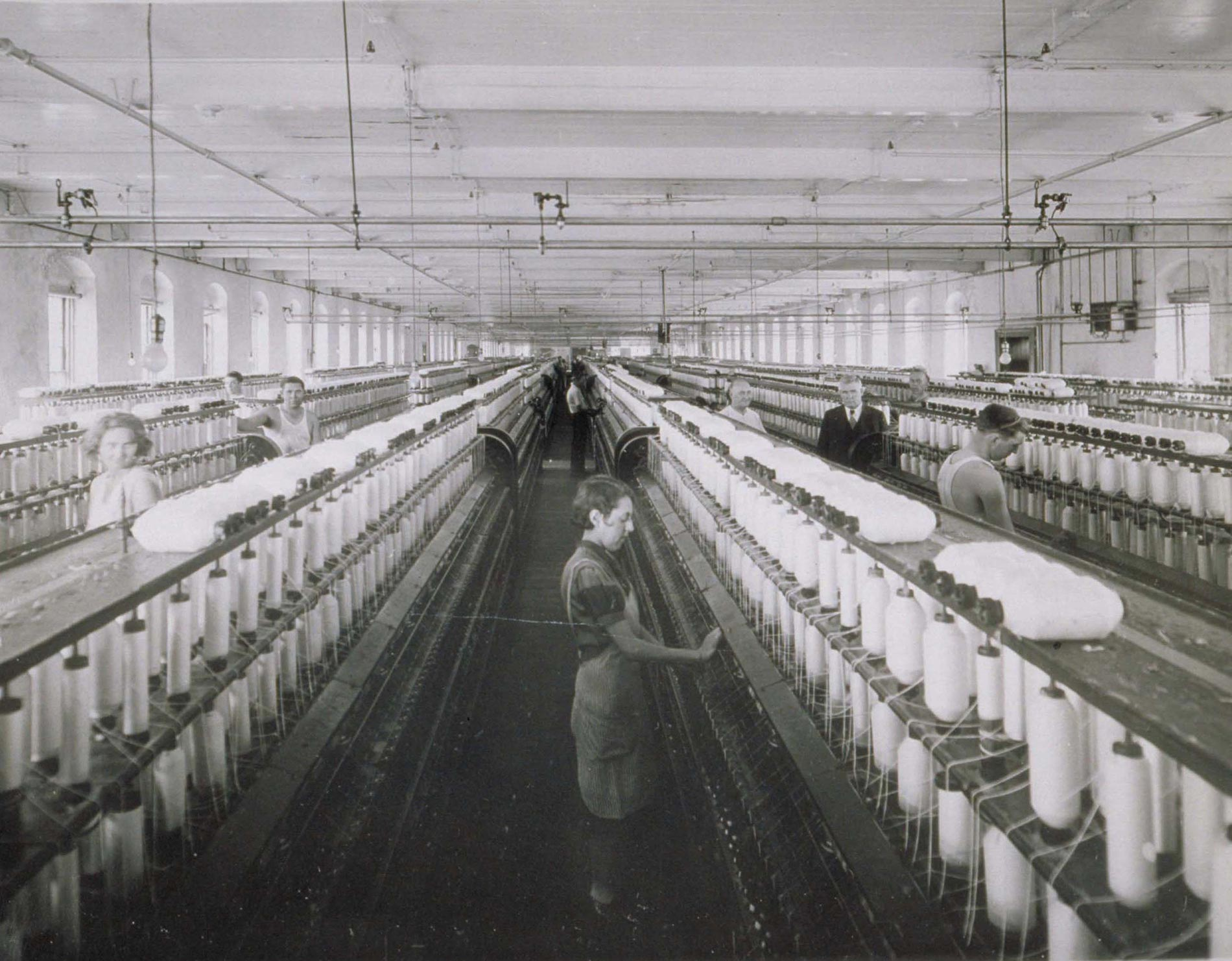Workers on Spooling Floor