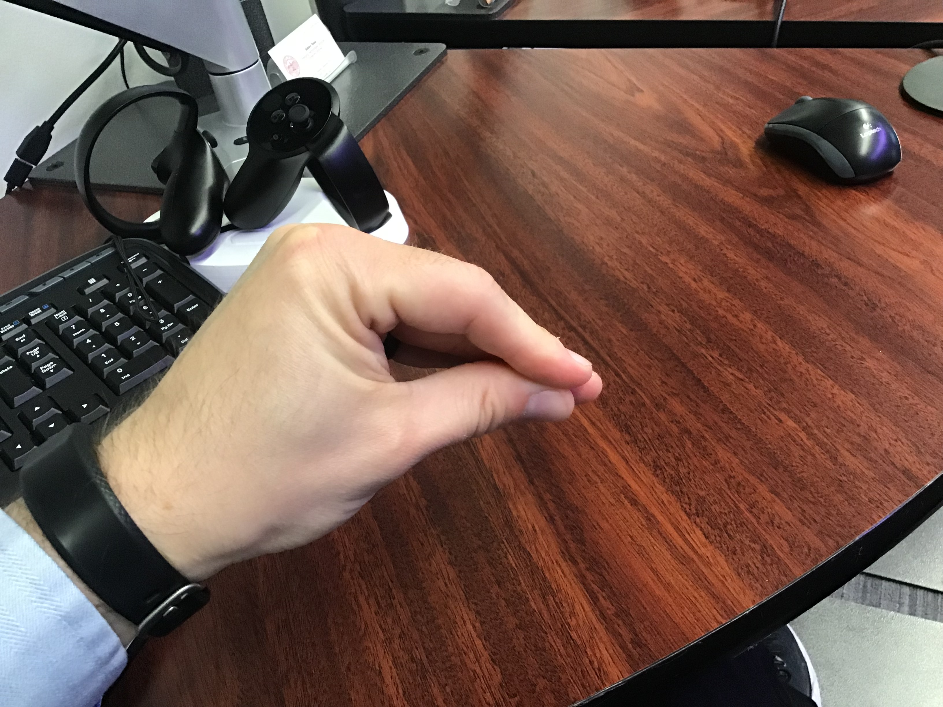 Clicking Hand Example - Closed