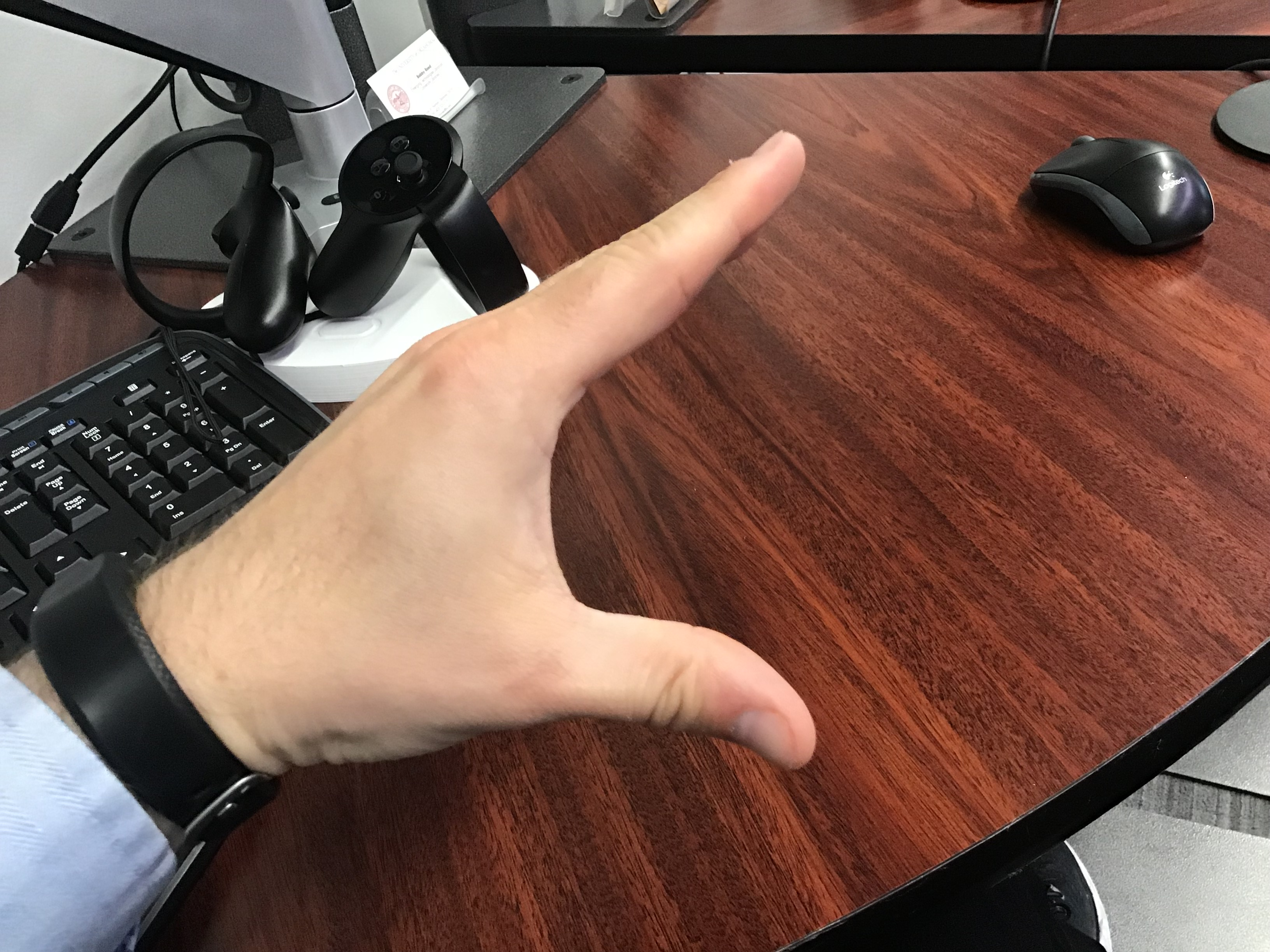 Clicking Hand Example - Open