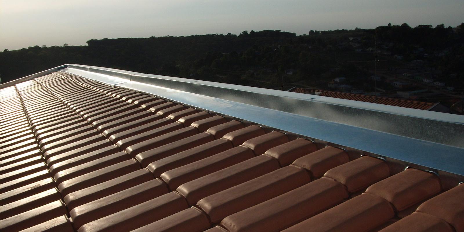 Rufo pingadeira com proteção para telha