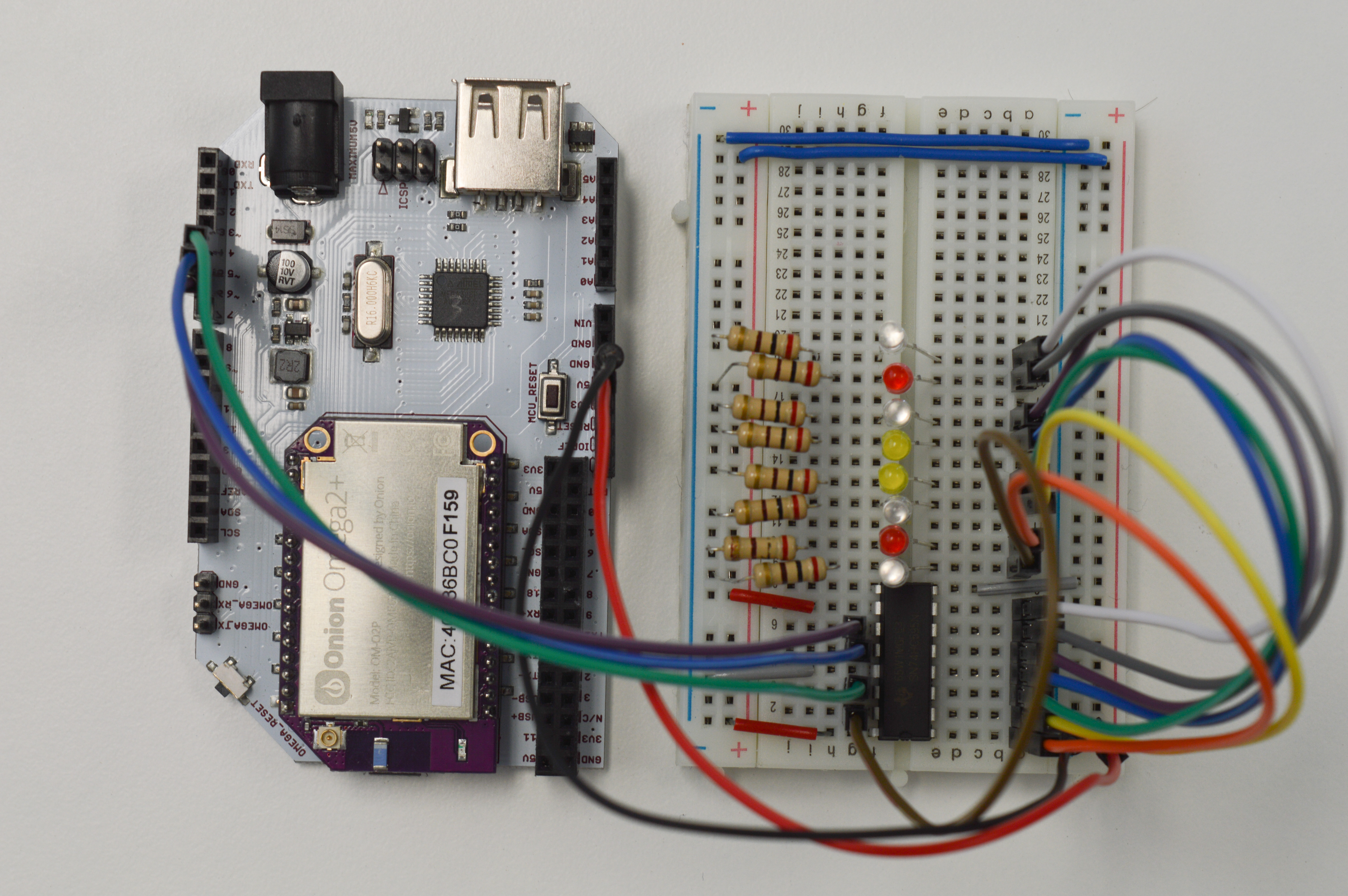 Using A Shift Register To Control Bunch Of Leds Onion Omega2 Integrated Circuitjpg Circuit Complete Ready Code