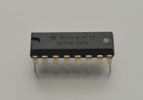 74HC595N Shift Register IC