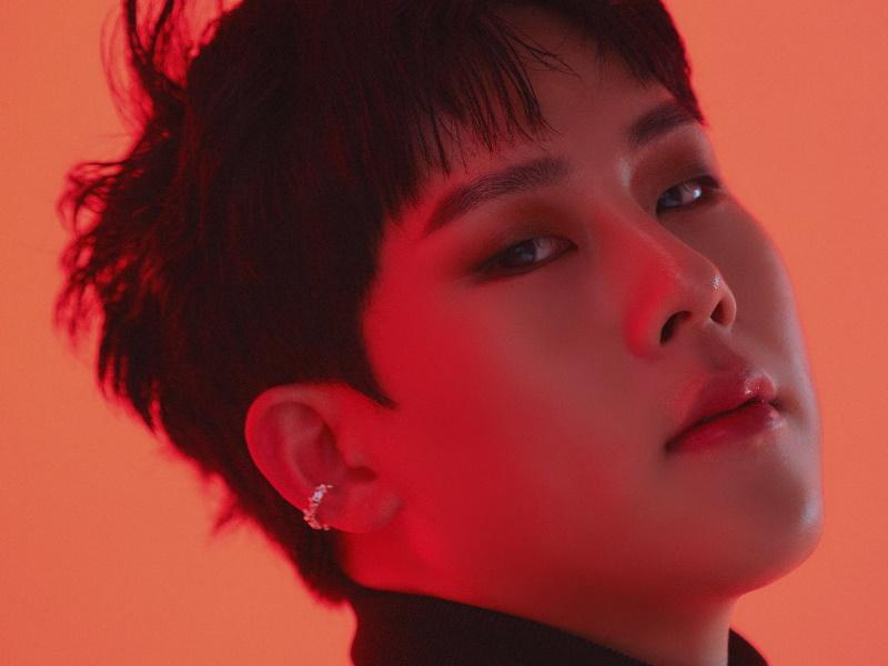 Portait of Joohoney or Lee Ho Joon (이호준), but he changed his name to Lee Joo Heon (이주헌)