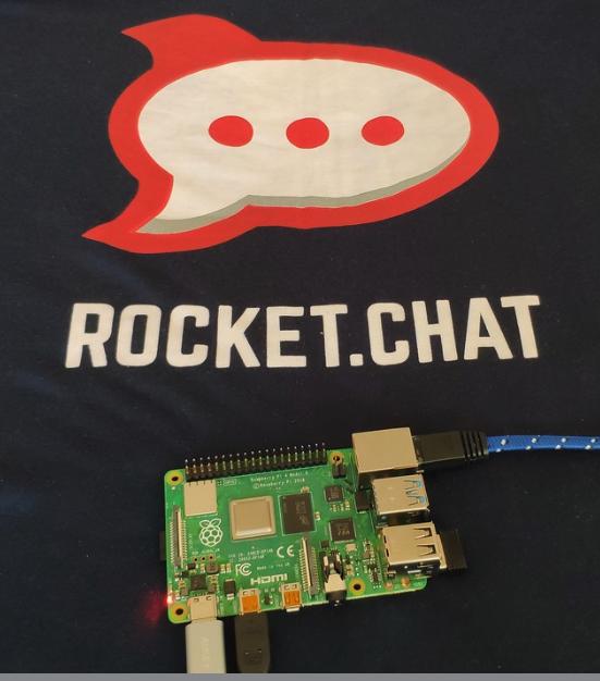 Rocket Chat RaspberryPi by RocketChat