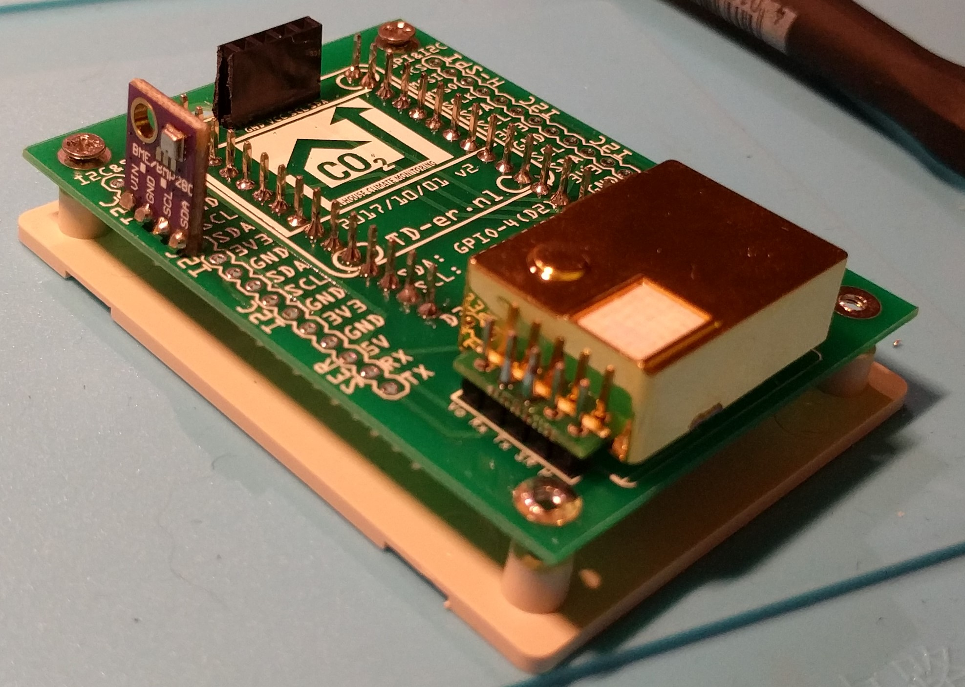 Don't use GPIO 9 or 10 - Let's Control It