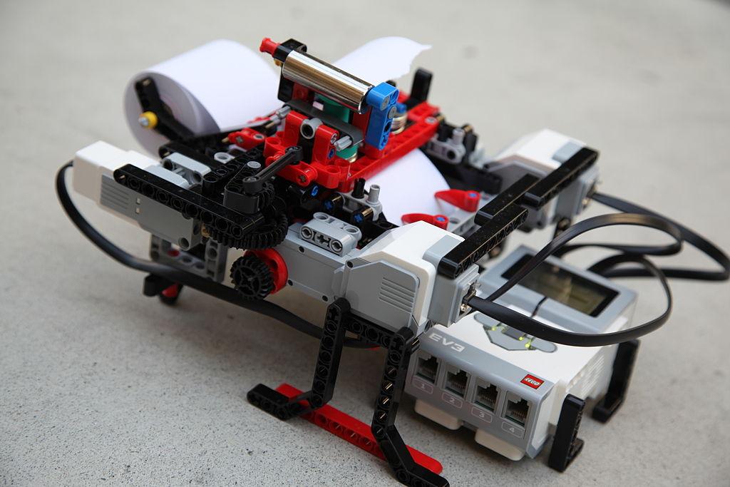 Braigo, assemblage Lego Mindstorm imprimant du Braille]