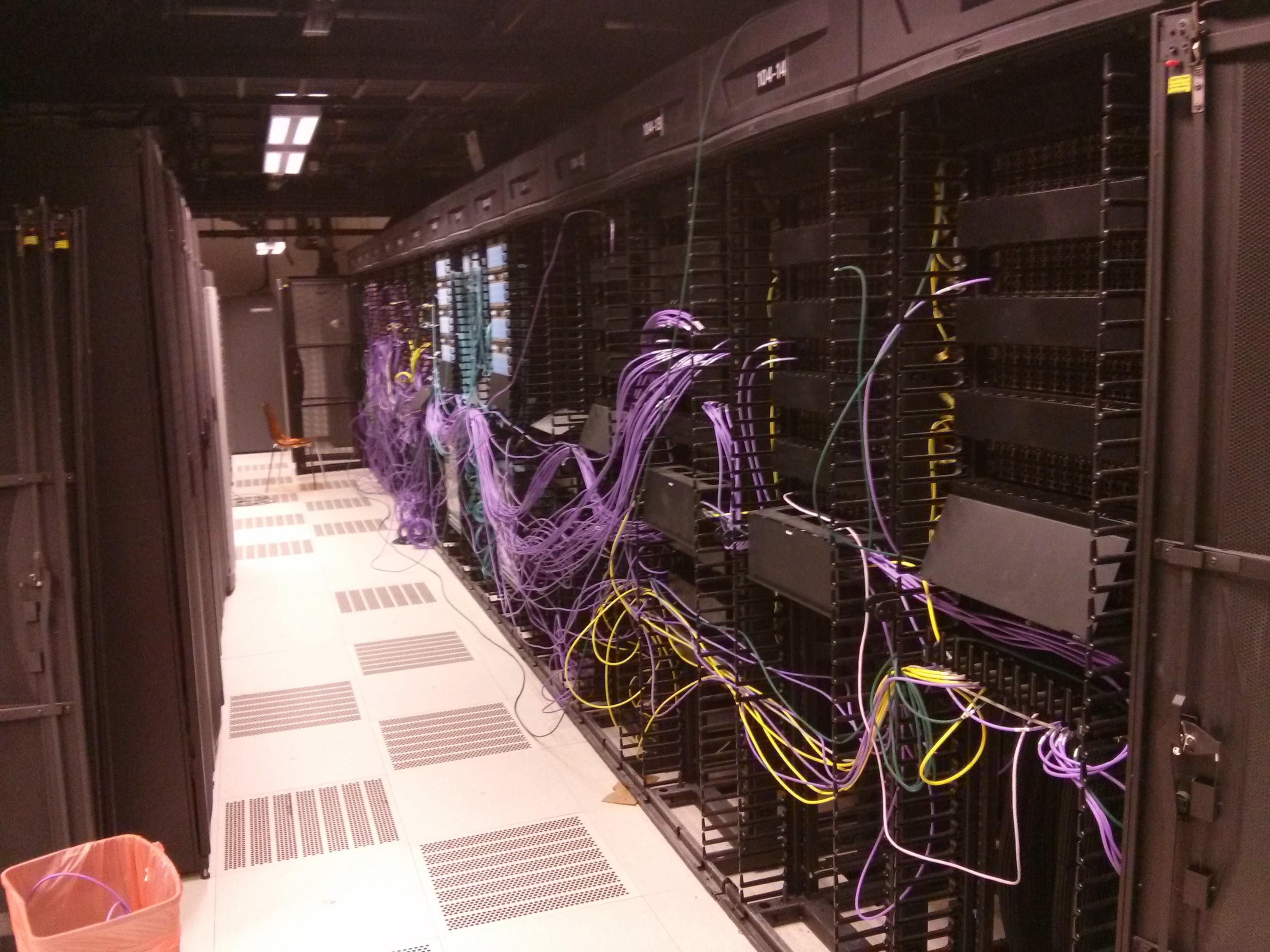 Private Cloud (VMware) Data Center rellocation