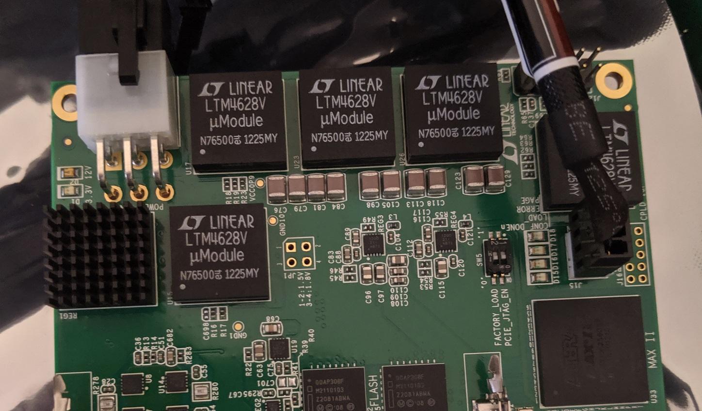 DE5-Net Voltage Regulators