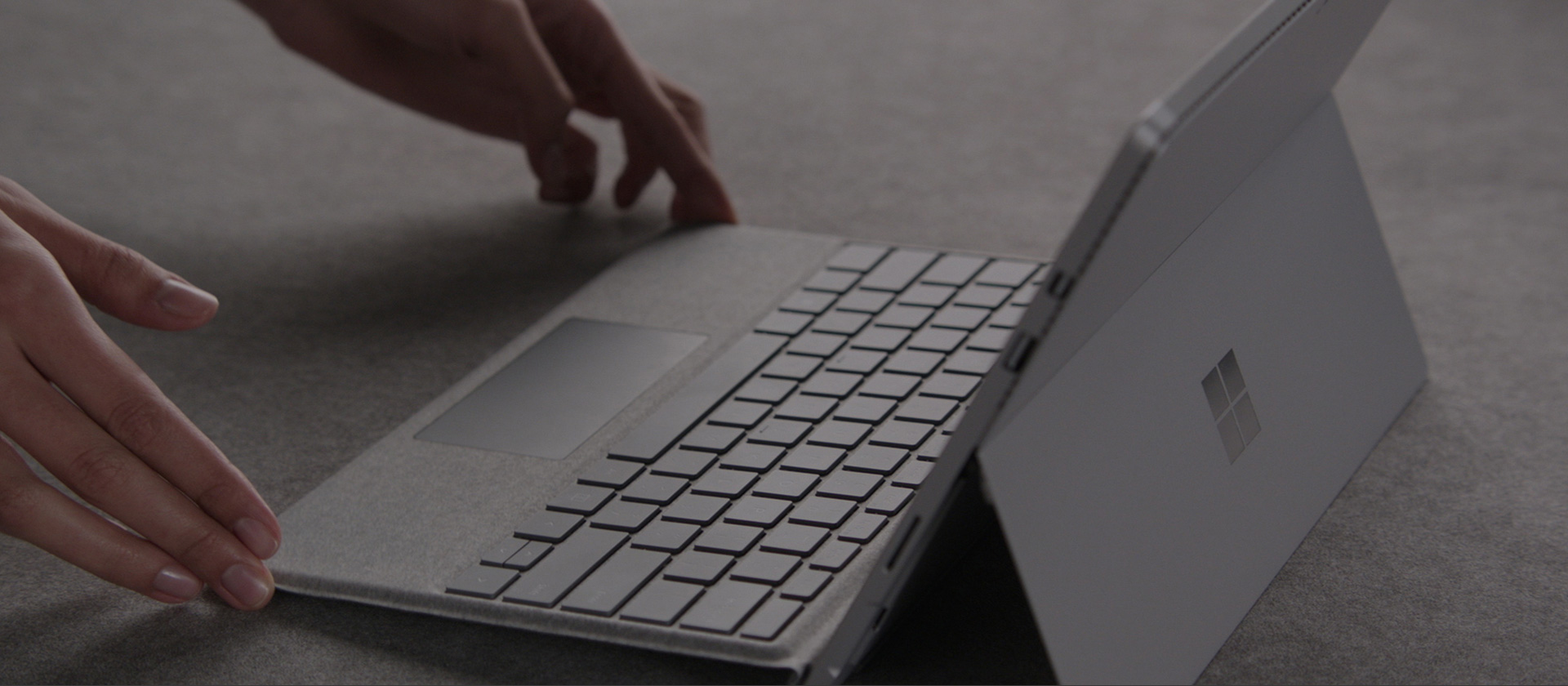 Microsoft Surface Signature Type Cover Technical Specs, Beauty & innovation in every detail.
