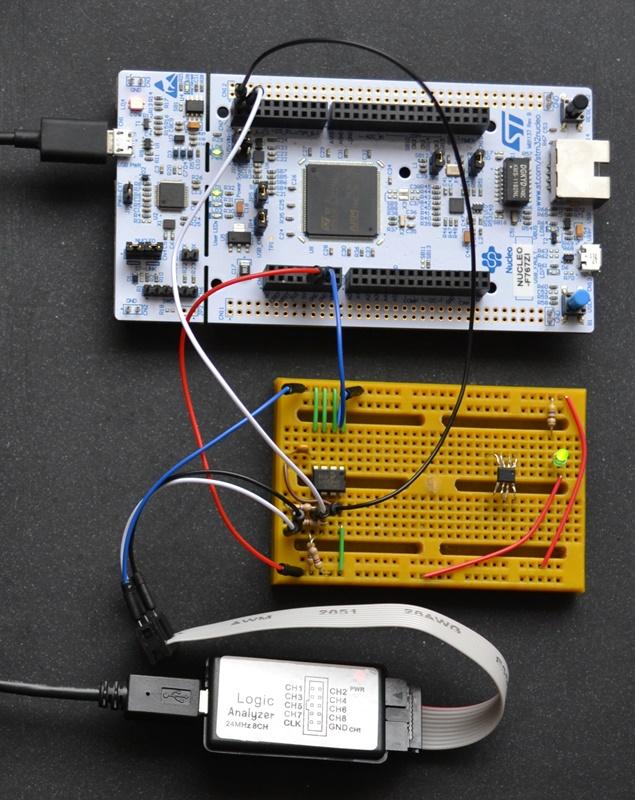 STM32 Nucleo with I2C EEPROM 24C01C and Logic Analyzer