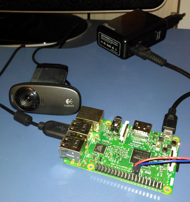 Raspberry Pi 3 with connected reed switch