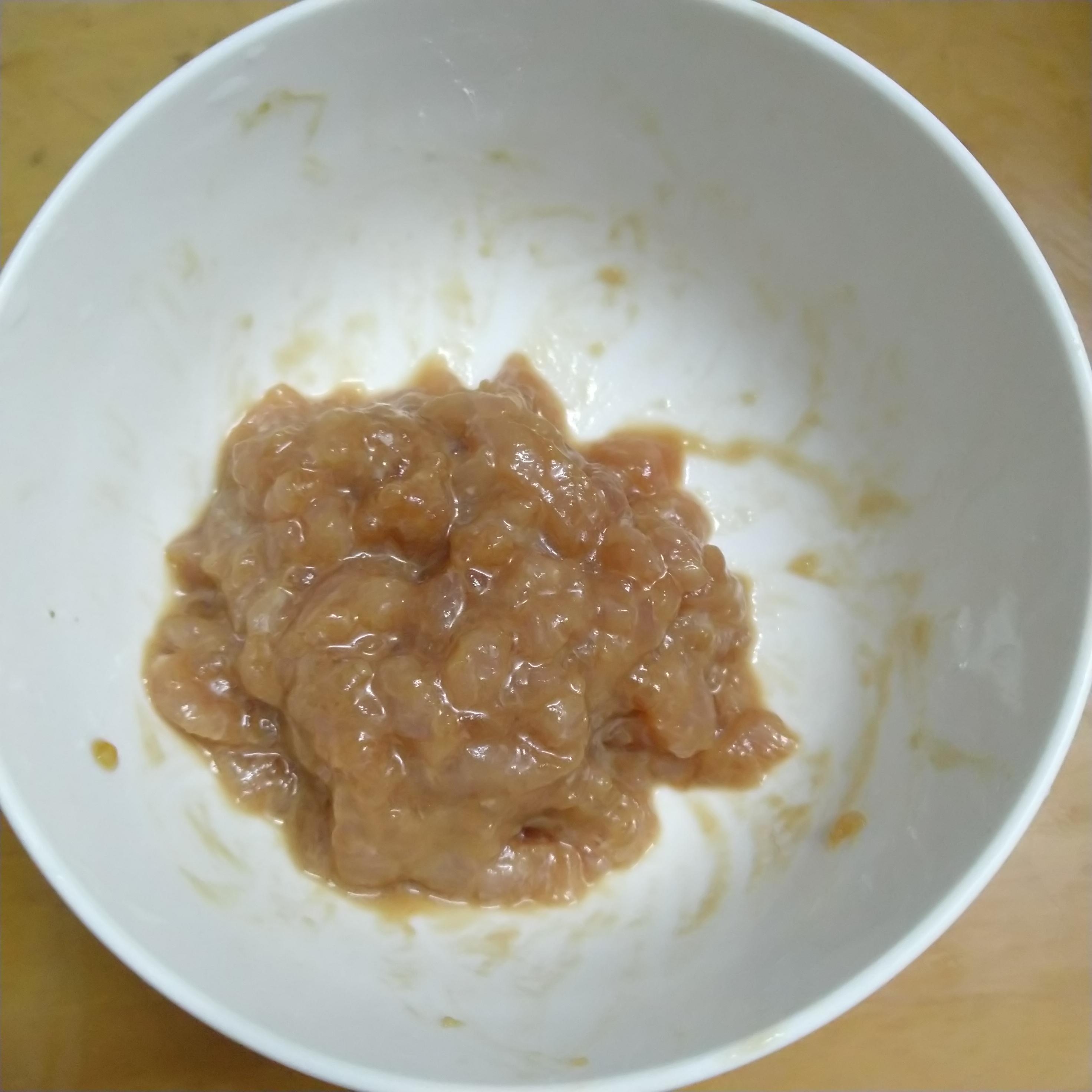 肉沫裹淀粉液