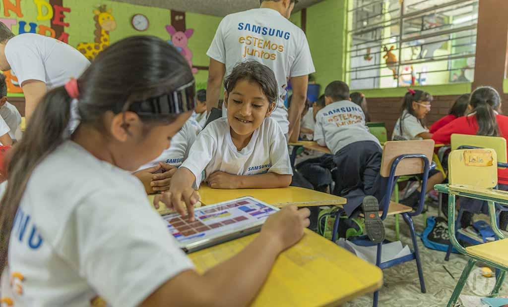 Samsung se apoya en la tecnología y la innovación para ayudar  a cerrar las brechas en el aprendizaje