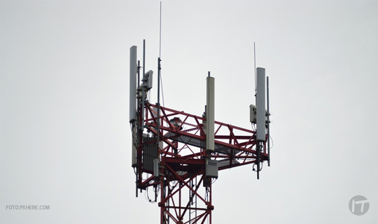 Antenas celulares no representan riesgos para la salud, según expertos