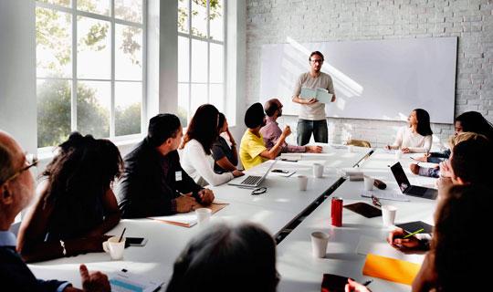 Aprendizaje activo en las aulas: la evolución hacia la economía del conocimiento