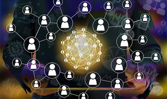 Primera compañía desarrolladora de soluciones Blockchain firma alianza con Colombia Fintech