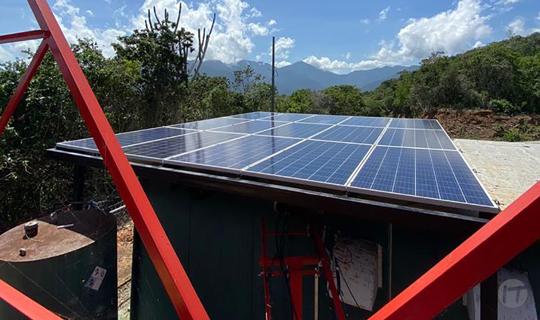 Digitel enciende la primera estación que funciona independiente de la energía eléctrica