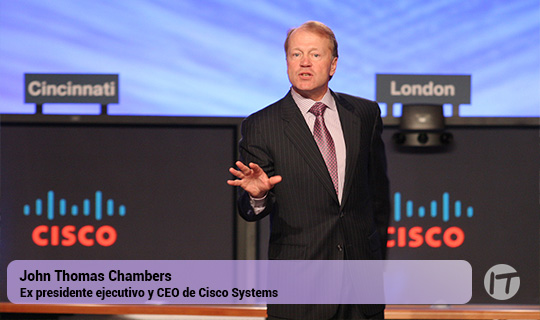 John Chambers, ex CEO de Cisco, busca darle batalla a Amazon