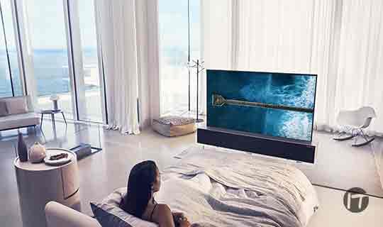 Usuarios de LG acceden a la televisión del futuro con el primer OLED enrollable