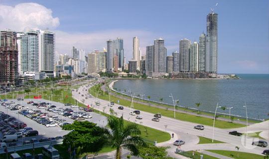 Iluminación conectada IoT de Signify Interact y la iluminación solar hacen de Panamá Viejo la primera ciudad inteligente  de Centroamérica