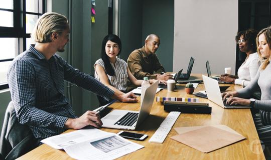 La burocracia no encaja con la transformación digital