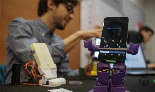 SIMA; el primer robot educativo para tus hijos