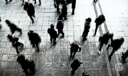 Kaspersky Lab: el 18% de latinoamericanos prefiere estar desnudo en público que salir sin su dispositivo conectado