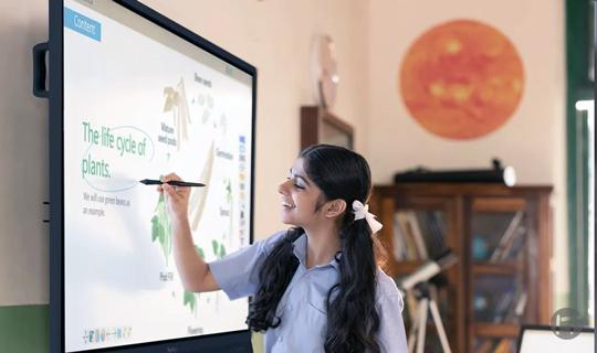 ViewSonic presenta la última generación de displays interactivos ViewBoard para mejorar la experiencia de aprendizaje