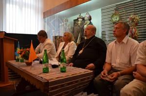 До Коломиї на виставку «Народна Війна» прибув екс-президент України Віктор Ющенко