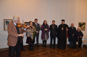 Пам'ятну виставку Андрія Коренюка відвідав владика Миколай