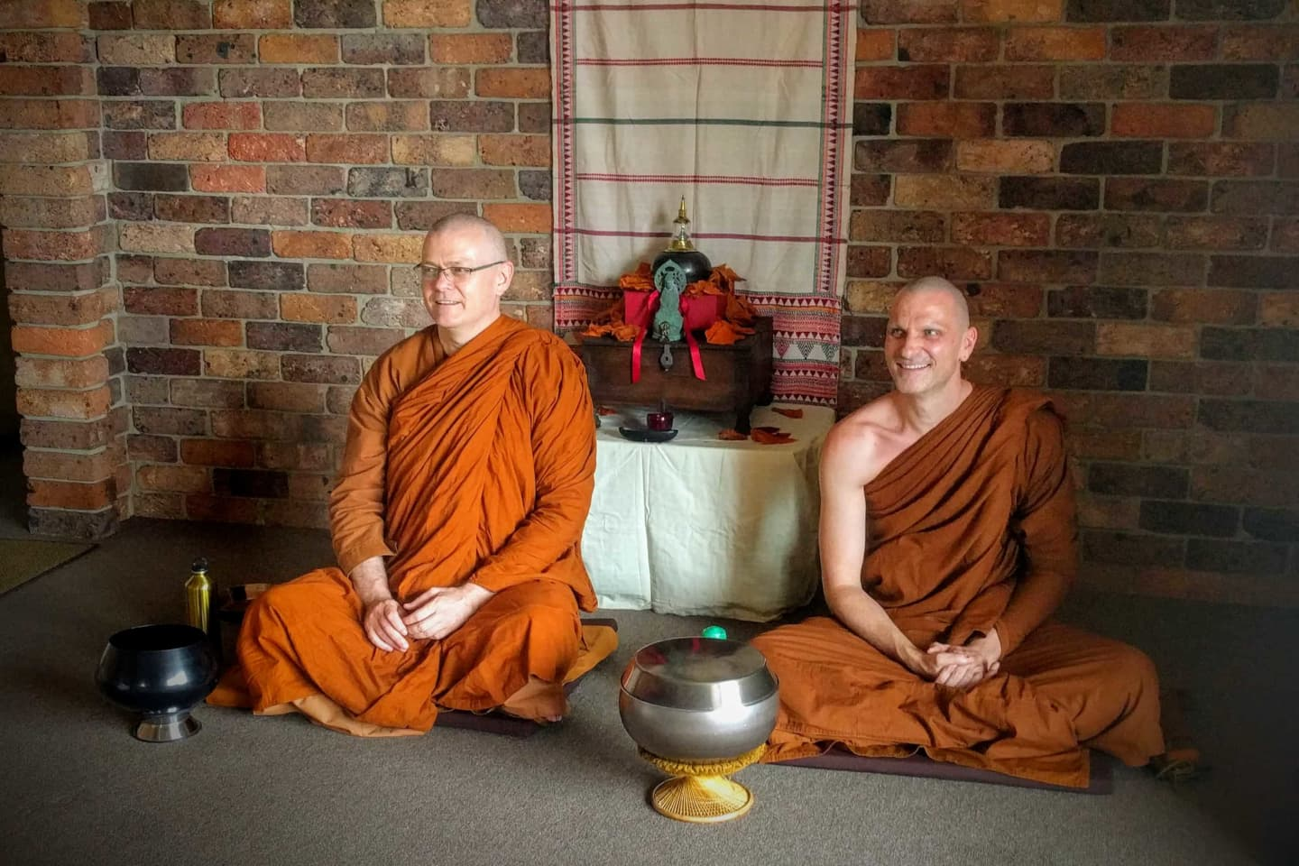 Photo of two monks, Bhante Sujato and Bhante Akaliko, at the Lokanta Vihara.