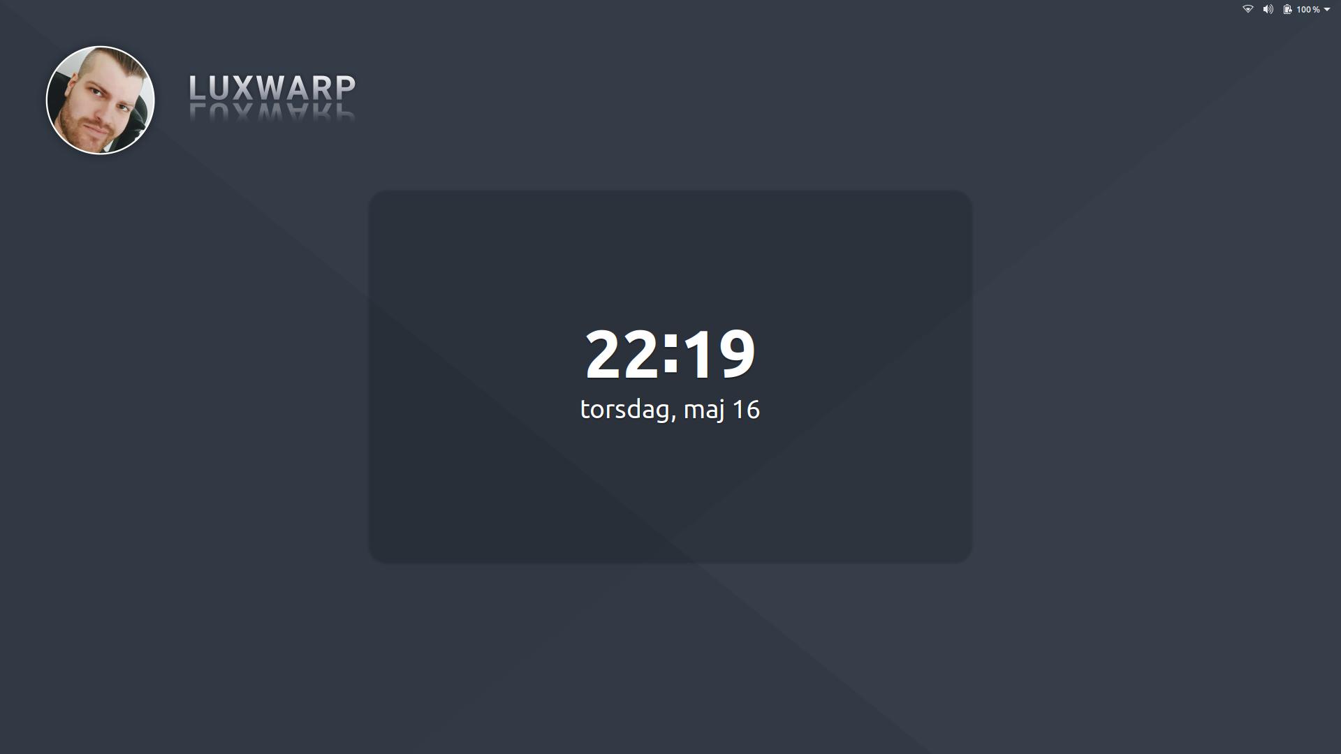 "Luxwarp wallpaper Screenshot lock screen"""