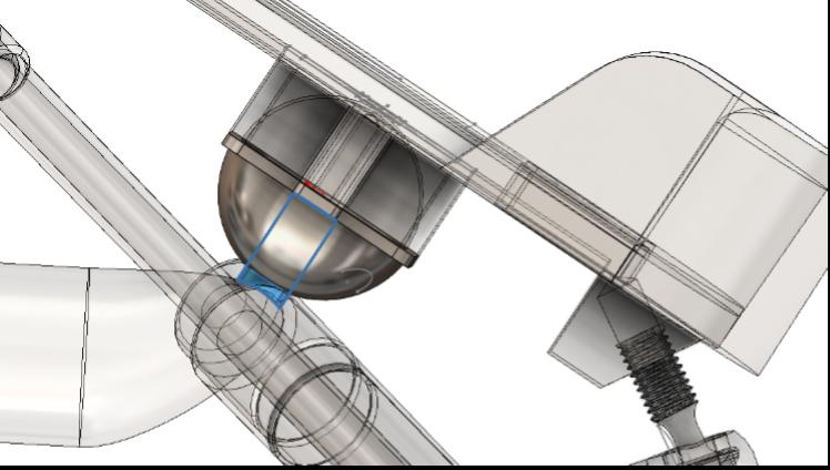 Fig. 19 – Intersezione tra la copertura sferica e il perno di accoppiamento nella posizione di riposo (pedana a 30° rispetto l'orizzontale).