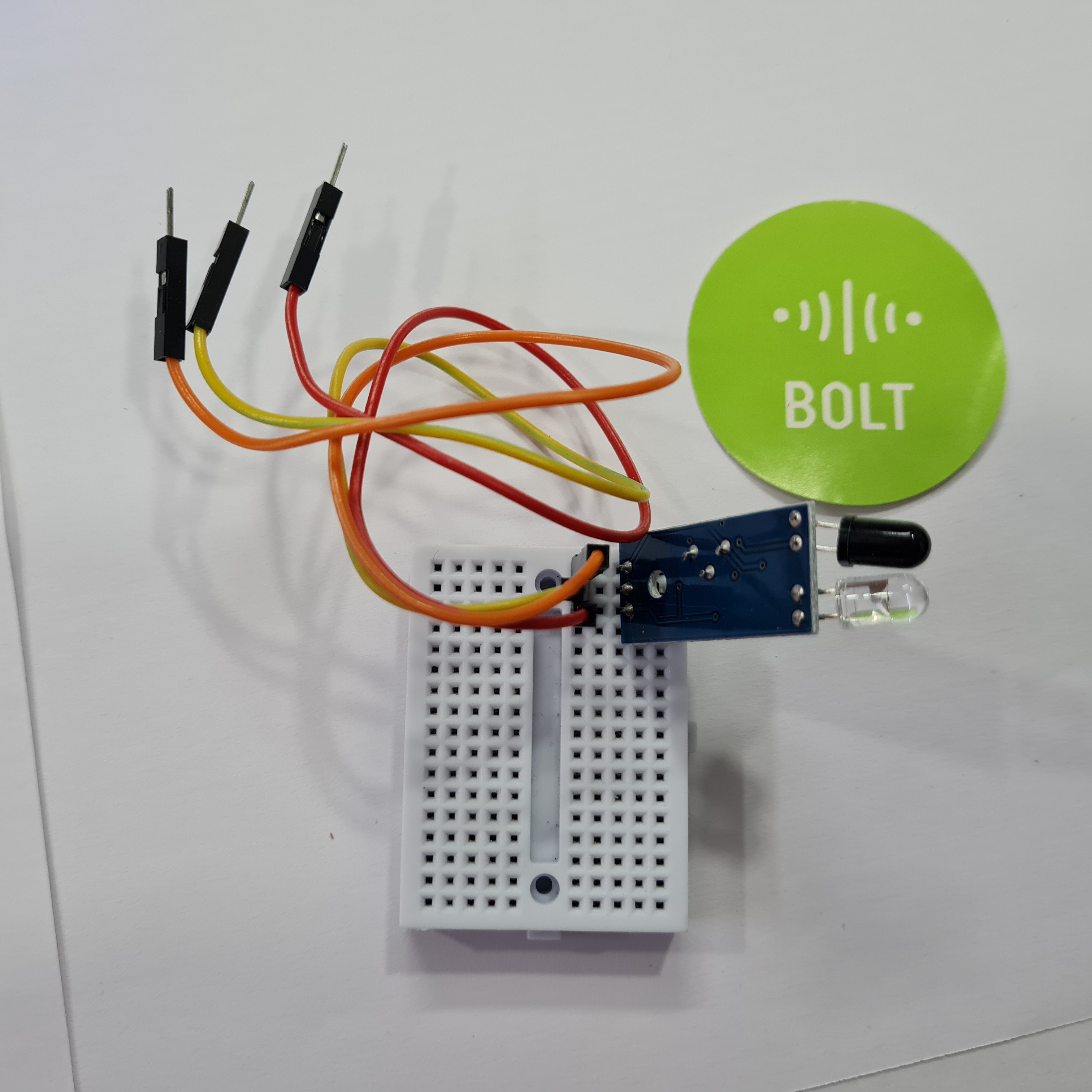 jumper with breadboard and sensor