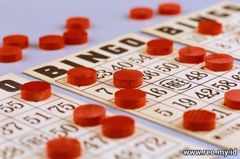 Kartu dan Keripik Bingo