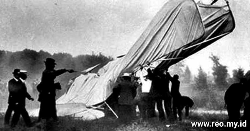 8a-selfridge-crash copy