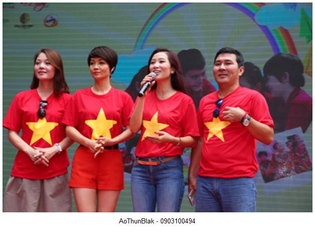 Áo phông cờ Việt Nam dành cho phượt thủ