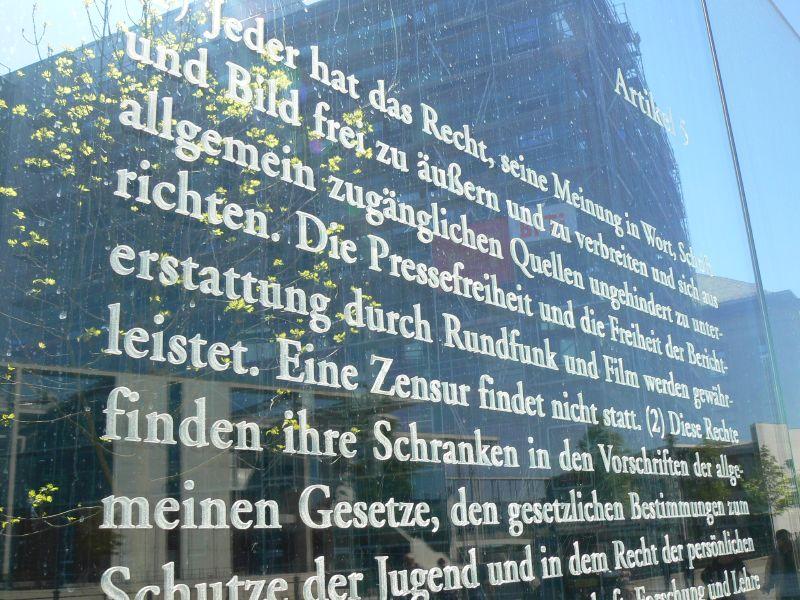 Gegen die Lex FragDenStaat: Wir reichen Verfassungsbeschwerde gegen Transparenzgesetz Rheinland-Pfalz ein