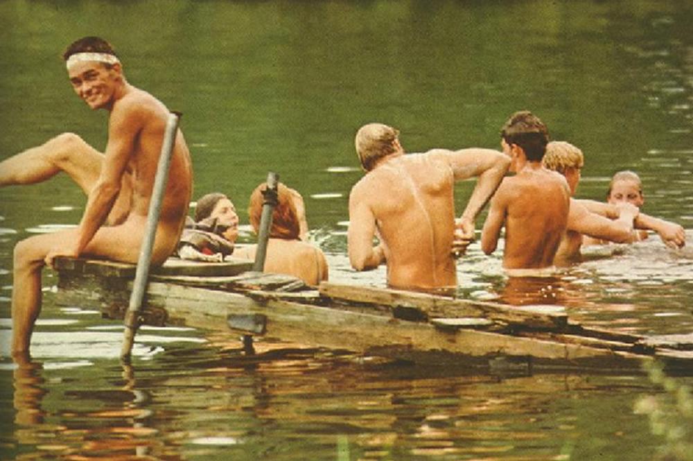 Um-bi-go - Cena do filme, Aconteceu em Woodstock (Taking Woodstock. Direção de Ang Lee, 2009)