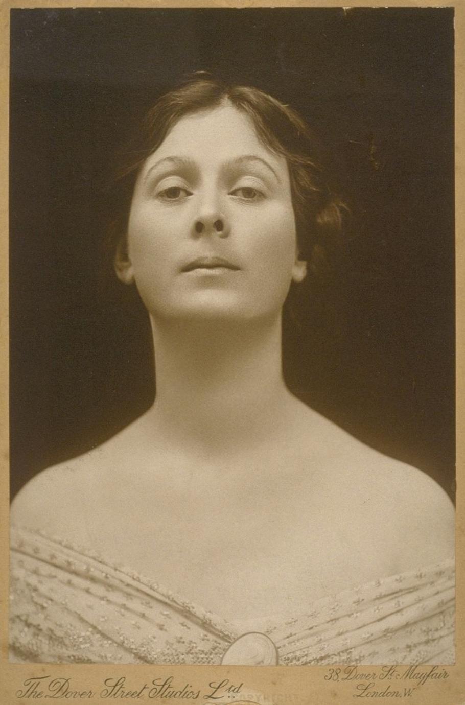 Isadora Duncan - Isadora Duncan (Retrato por Charles L. Ritzmann)