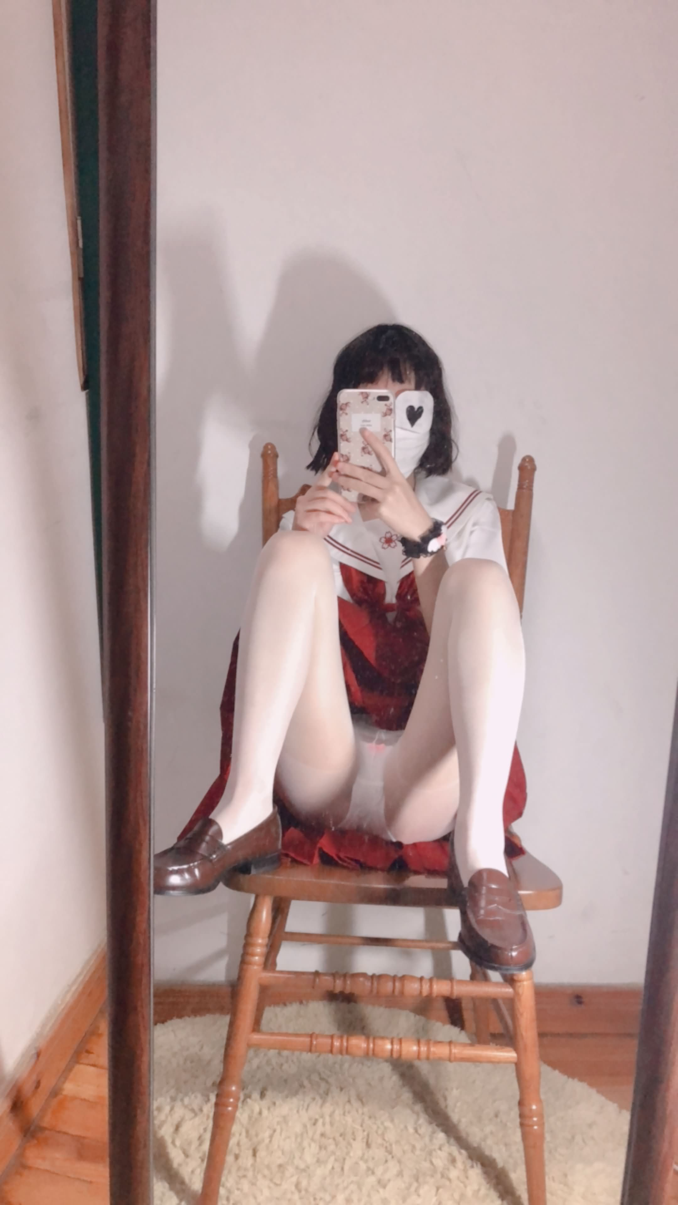20 - Cosplay red JK uniform white stockings sweet pussy butt 小结巴-红色jk制服白丝 95P