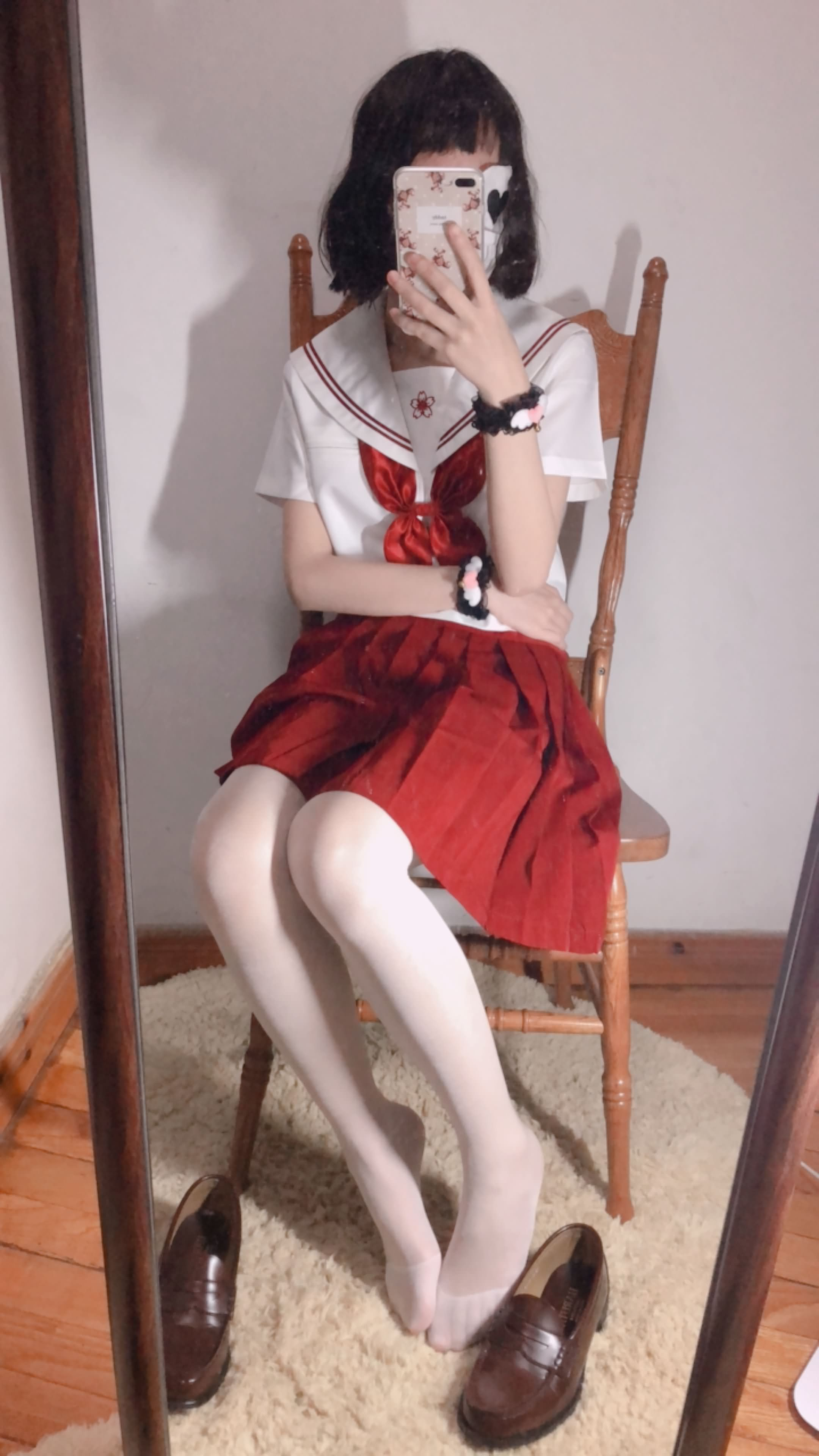 25 - Cosplay red JK uniform white stockings sweet pussy butt 小结巴-红色jk制服白丝 95P