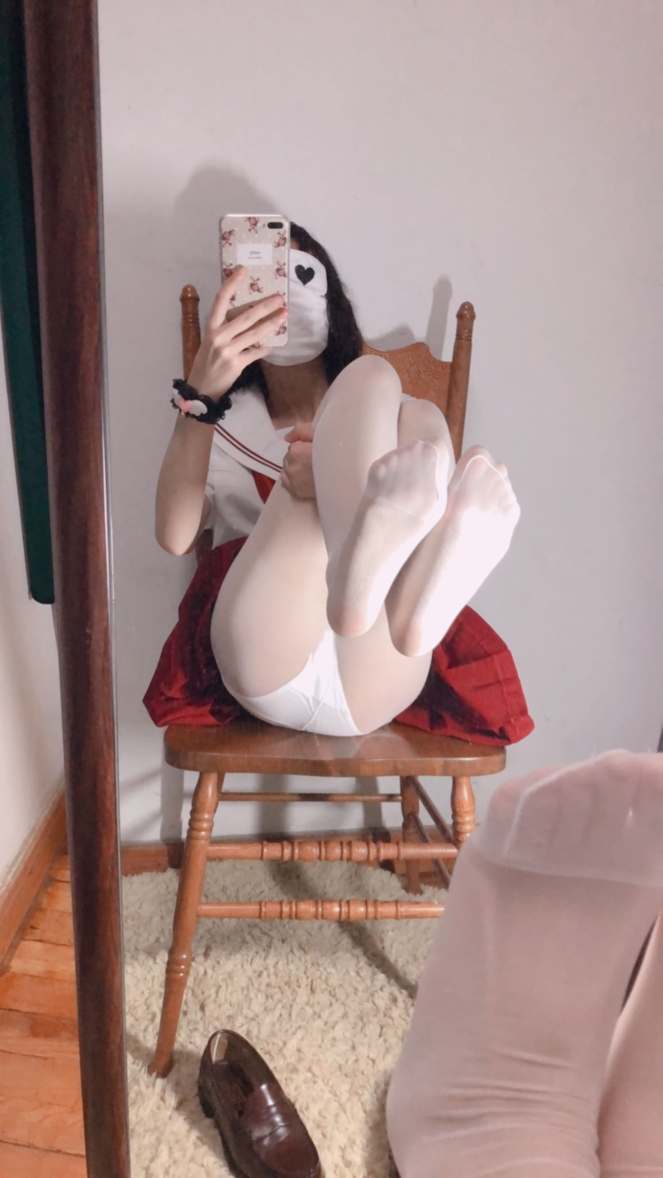 29 - Cosplay red JK uniform white stockings sweet pussy butt 小结巴-红色jk制服白丝 95P