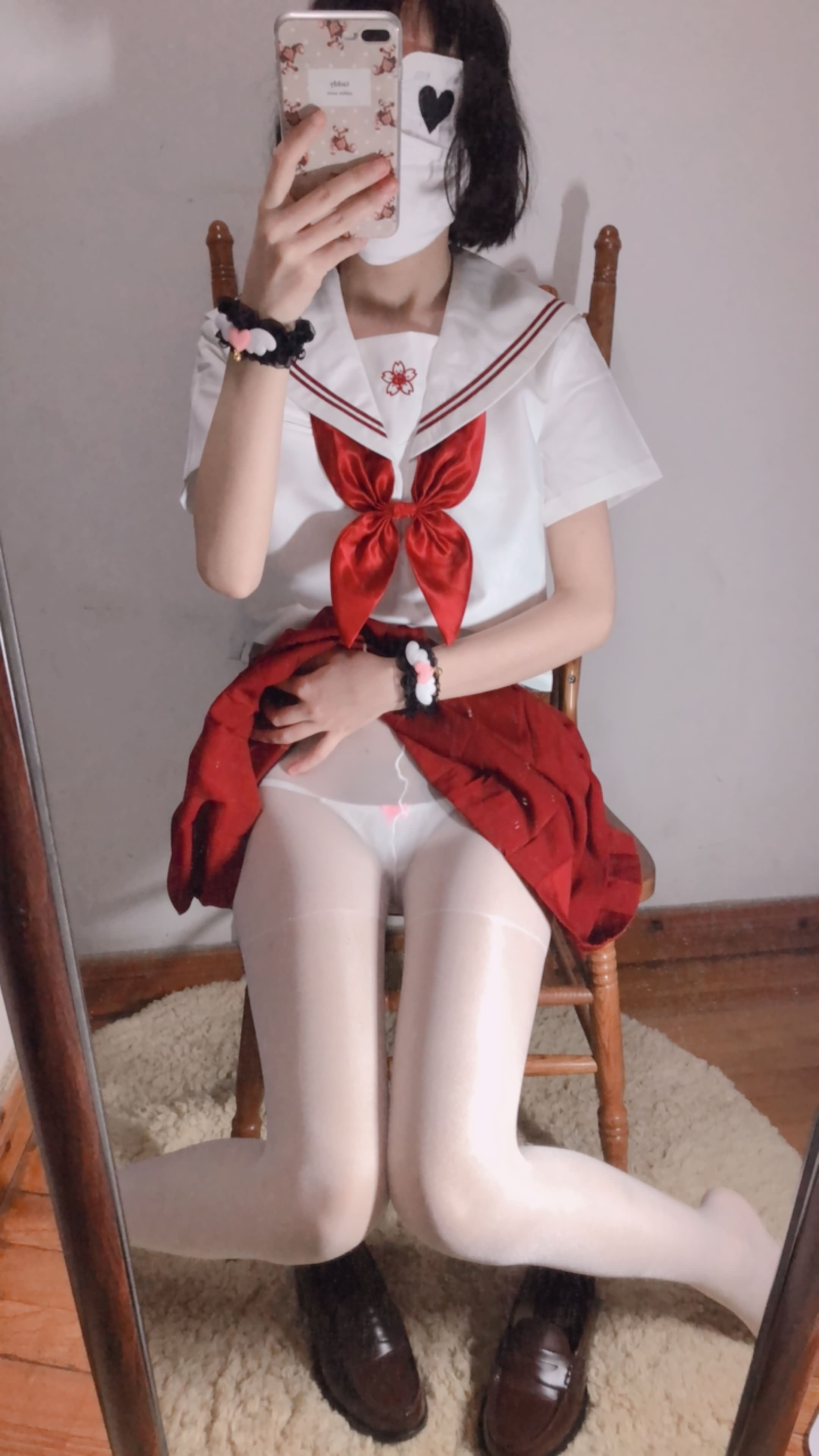 30 - Cosplay red JK uniform white stockings sweet pussy butt 小结巴-红色jk制服白丝 95P