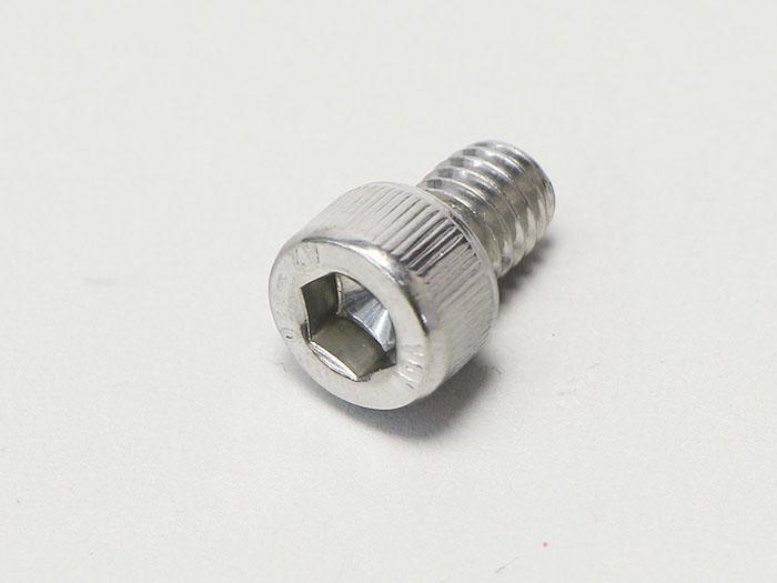 M6×8 六角穴付ボルト