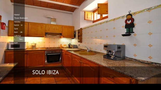 Hostal Three-Bedroom Holiday home in Sant Joan de Labritja / San Juan reverva
