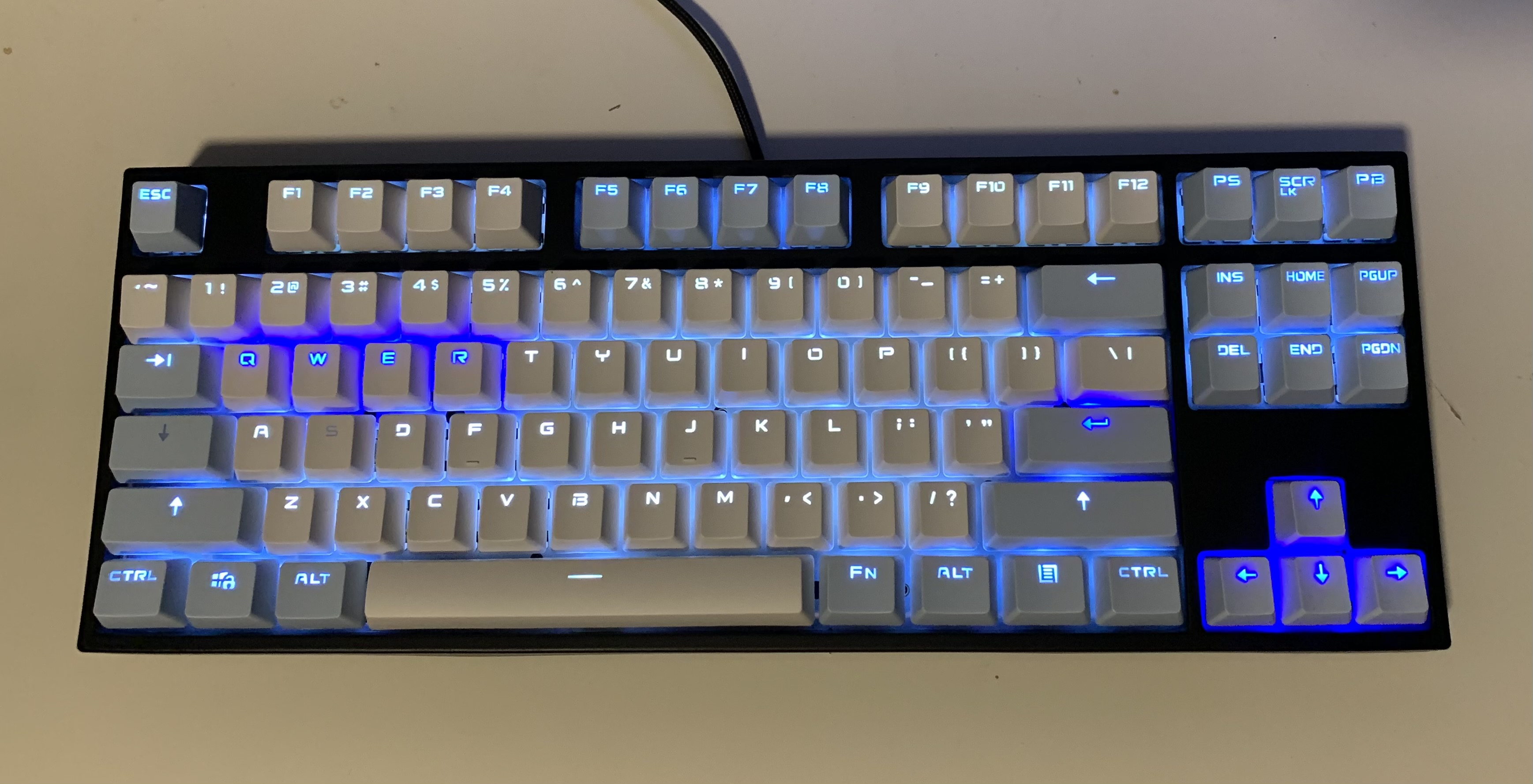 led with transparent keycaps