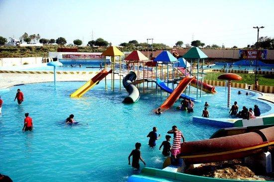 11. Fun Gaon Water Park